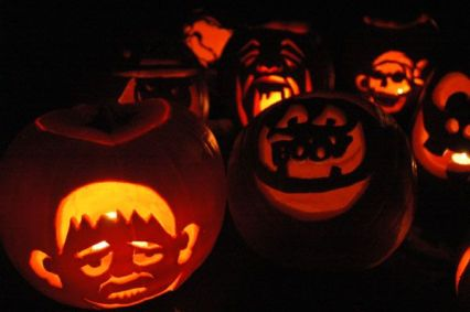 jack-o-lantern_pumpking_carving_halloween_scary_faces